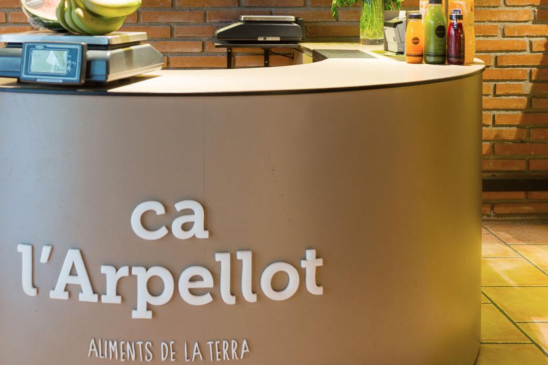 agencia-co-ca-larpellot-foto-botiga-manresa